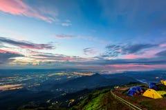 Phu Thap Berk во время восхода солнца стоковые изображения rf