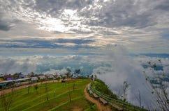 Phu Thap Boek in Thailand Het is een mooie mist in Thailand W Royalty-vrije Stock Afbeeldingen
