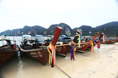 Phuket, ΤΑΪΛΑΝΔΗ - 5 Ιανουαρίου: βάρκα Ασία εξόρμησης καγιάκ θάλασσας τοπίων στις 5 Ιανουαρίου 2015 Στοκ εικόνες με δικαίωμα ελεύθερης χρήσης