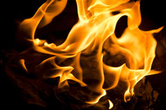 Phuket, TAILANDIA 10 de febrero:: Año Nuevo chino - falsificación quemada gente Fotos de archivo