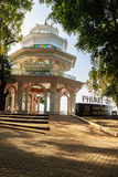 Phuket, Tailandia - 21 febbraio 2017: Towe di punto di vista della città di Phuket Immagine Stock Libera da Diritti