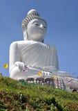 Phuket, Tailândia: Buddha grande Imagens de Stock Royalty Free