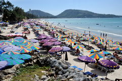 Phuket, Tailândia: Vista da praia de Patong Fotografia de Stock