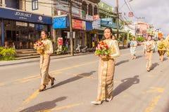 Phuket Tajlandia, Aug, - 26, 2016: Niezidentyfikowane piękne dziewczyny h Zdjęcie Stock