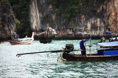 Phuket TAJLANDIA, STYCZEŃ, - 05: krajobrazowy denny kajak wycieczkowy łódkowaty Asia na STYCZNIU 05, 2015 Zdjęcie Royalty Free