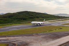 Phuket Thaïlande - 1er octobre 2017 : Ligne aérienne Boeing d'émirats 777 L Photographie stock