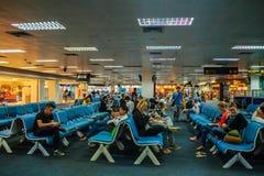 Phuket, Thaïlande - 21 février 2017 : Après arrivé, foule de Photographie stock libre de droits