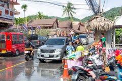 Phuket, Thailand - April 13, 2017: Viering van het Thaise Boeddhistische Nieuwjaar - Songkran Stock Foto's