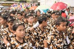 PHUKET, THAILAND - 26. AUGUST: Parade des fantastischen Schulkindes auf Augus Stockfotografie