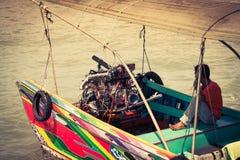 Phuket Thailand, December 7,2013: Traditionella thai fartyg i Phang Arkivbild