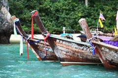 Phuket, THAILAND - JANUARI 05: landschaps van de overzeese de boot Azië kajakexcursie op 05 JANUARI, 2015 Royalty-vrije Stock Foto