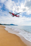 Phuket, Thailand - November 25,  2016: plane landing Stock Photography