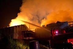 Phuket THAILAND OKTOBER 16: Brand i stormarknad - fånga brand i Supe Arkivbilder