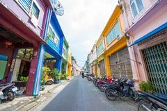 Phuket, Thailand - Oktober 12, 2017: Mooie kleurrijke oude buil Stock Afbeeldingen