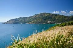 Phuket widoku punkt z trawy polem Zdjęcie Royalty Free