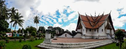 Phumin寺庙的秀丽是古庙在南 免版税库存图片
