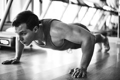 Physical exercise in gym Royalty Free Stock Photography