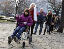 Physiquement et mentalement - handicapé à une protestation Image stock