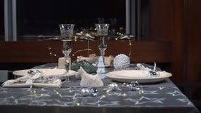 Piękny słuzyć świąteczny boże narodzenie stół zbiory