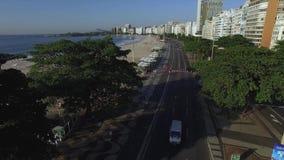 Piękny Tropikalny plaża krajobraz, Luksusowi budynki w Copacabana plaży Cudowny miasto odwiedzać zbiory