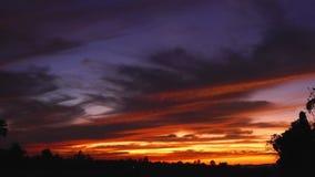 Piękny wieczór niebo nad irlandczyka pole zbiory