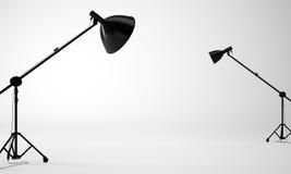 Pièce blanche de studio avec l'équipement, personne 3d rendent Images stock