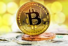 Pièce d'or de Bitcoin photos stock