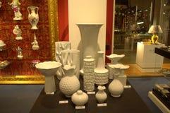 Pièce d'exposition de fabrication de porcelaine de Meissen Images stock