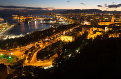 Pièce de bord de la mer de Malaga avec le port du château Photo libre de droits