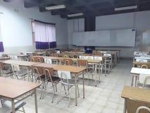 Pièce de classe vide photos stock