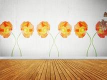 Pièce de cru avec le papier peint floral Photo stock