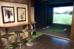 Pièce de golf dans un hôtel Image libre de droits