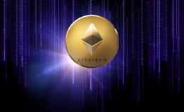 Pièce de monnaie d'or d'ethereum au-dessus de code binaire sur le noir Photographie stock libre de droits