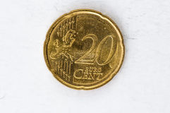 Pièce de monnaie de l'euro cent 20 avec le regard utilisé par frontside Image libre de droits