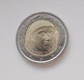 Pièce de monnaie de l'euro deux soutenant le portrait de Giovanni Boccaccio Images stock