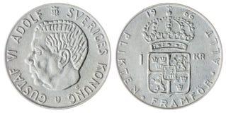 1 pièce de monnaie de la couronne 1966 d'isolement sur le fond blanc, Suède Images stock