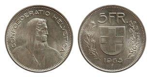 Pièce de monnaie suisse 5 de la Suisse cinq argent du franc 1965 d'isolement sur le fond blanc images stock
