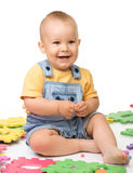 Pièce de petit garçon avec l'alphabet Images libres de droits