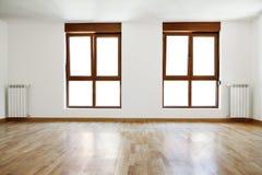 Pièce et fenêtres intérieures vides Images libres de droits