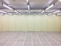 Pièce propre intérieure à l'usine, pièce vide image stock