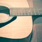 Pièce toujours de la vie de guitare Images stock