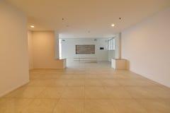 Pièce vide blanche de luxe avec l'espace libre, conception intérieure Photo stock