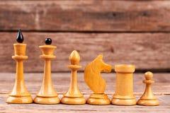 Pièces d'échecs blanches par ordre de diminuer image libre de droits