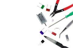 Pièces de l'électronique et d'outils utilisé dans les travaux de passe-temps pour l'artisan Image libre de droits