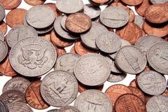 Pièces de monnaie américaines assorties photographie stock libre de droits