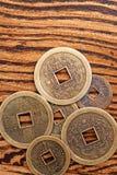 Pièces de monnaie chanceuses chinoises Photos libres de droits