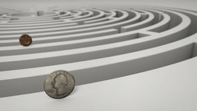 Pièces de monnaie dans le labyrinthe Photographie stock libre de droits