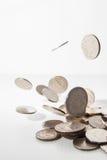 Pièces de monnaie de baisse Photos stock