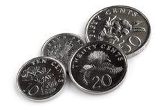 Pièces de monnaie de Singapour d'isolement sur le blanc Image libre de droits