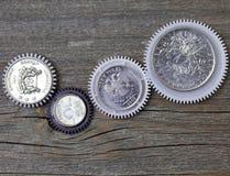 Pièces de monnaie en tant que vitesses image stock
